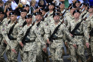 Polonia va spori bugetul pentru Aparare si numarul militarilor in urmatorii ani