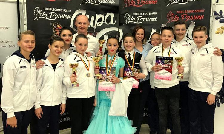 11 medalii si 27 de finale pentru Prodance 2000 la Cupa Baia Mare Dance Festival