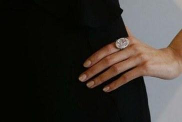 """Un diamant roz montat intr-un inel, """"Pink Promise"""", estimat la 35 de milioane de euro, scos la licitatie"""