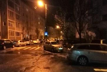 Baia Mare: Parcarile din cartiere sa mai astepte. Acum spargem bani pe chefuri publice