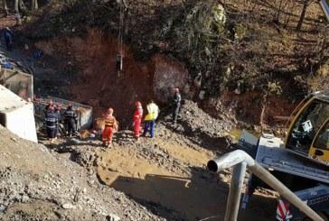 Hunedoara: Victimele surparii de la Pestera Bolii au fost scoase de sub pamant