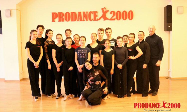 """Patru medalii pentru Prodance 2000 la """"Cupa Potaissa"""" si seminar de pregatire"""