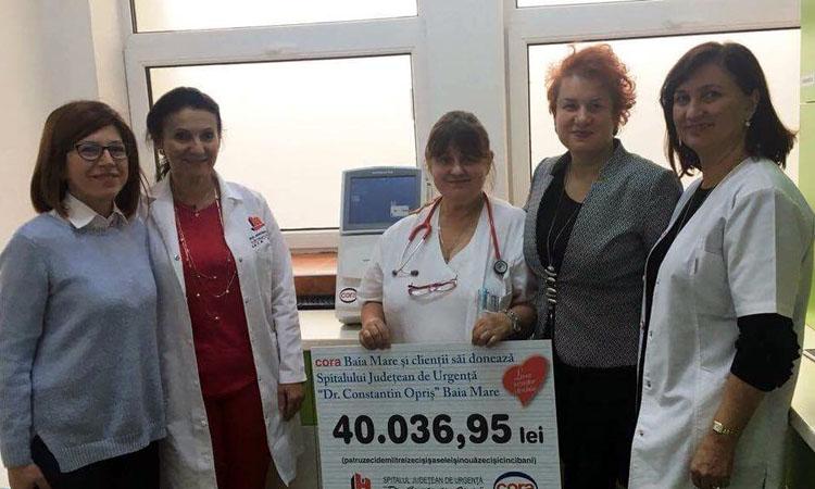 Aparat de peste 10.000 de euro pentru copiii de la Spitalul din Baia Mare. Analizorul de gaze sangvine si oximetrie a fost pus in functiune (FOTO)