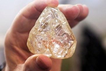"""Diamantul pacii"" din Sierra Leone a fost vandut cu 6,5 milioane de dolari"