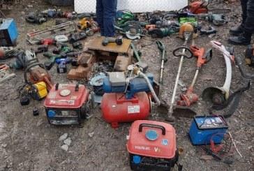 Sighetu Marmatiei: Perchezitie la o persoana banuita de comiterea mai multor furturi din locuinte