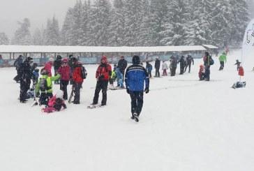 Reguli de baza care trebuie respectate pe partia de schi: Recomandarile jandarmilor montani pentru turisti
