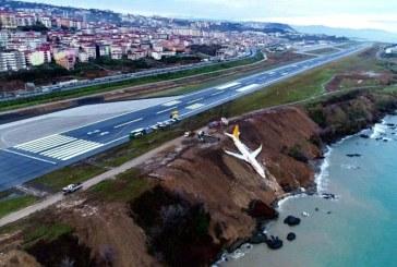 Turcia: Un avion de pasageri a iesit de pe pista la aeroportul din Trabzon