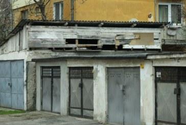 """Baia Mare: Vezi daca ai numele pe lista garajelor care urmeaza sa fie demolate pentru proiectul """"Parcari publice zona Munteniei"""""""
