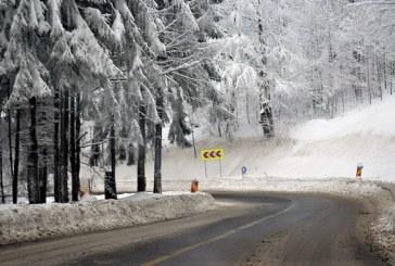 Maramures: DJ 83 Valea Neagra-Izvoare a fost deschis. Circulatia rutiera se desfasoara in conditii de iarna