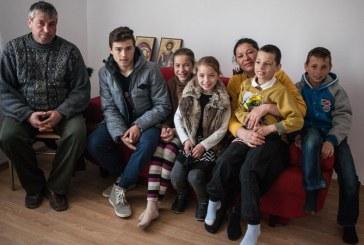 De la garsoniera mica si insalubra la propria gospodarie: Povestea unei familii care si-a regasit calea