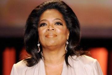 Oprah Winfrey devine prima femeie de culoare care primeste Globul de Aur pentru intreaga activitate