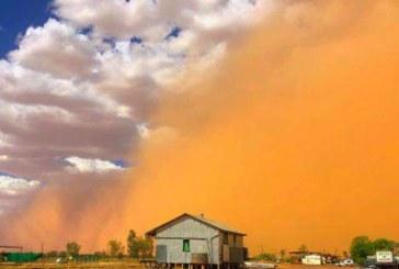 O furtuna de nisip a acoperit un oras din Australia cu un strat fin de praf portocaliu