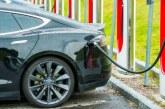 Vânzări în creştere cu 8,56% pentru autoturismele ecologice, în România, la nouă luni