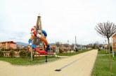 Baia Mare: In Parcul Central, pavajul o ia la vale. Firma ConstruRom va spune ceva?