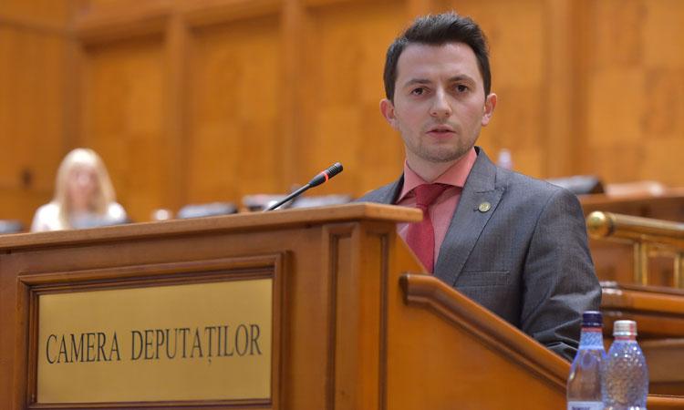 """Vlad Emanuel Durus, deputat USR Maramures: """"Sistemul de invatamant trebui sa ofere fiecarui elev sanse dupa talentul sau"""""""