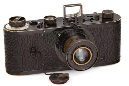 Un aparat foto, adjudecat pentru suma record de 2,4 milioane de euro
