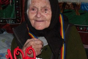 De-o varsta cu Unirea: O femeie din Borsa a fost sarbatorita de familie siautoritati
