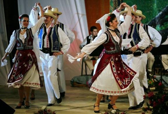 Reusita: Ansamblul Folcloric National Transilvania, turneu in premiera in Israel