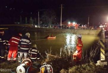 Neamt: Microbuz cu zece persoane, cazut in raul Bistrita; sapte persoane decedate, iar doua disparute