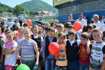 Baia Mare: Peste 500 de copii prezenti la activitatea M.A.I. APROAPE DE COPII!