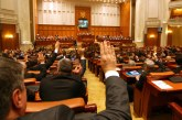 PROIECT – Bani mai puțini pentru parlamentarii care înjură sau vorbesc urât