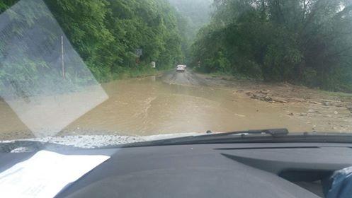 PUHOI incredibil: DEZASTRU in Barsana dupa o ploaie torentiala (VIDEO)
