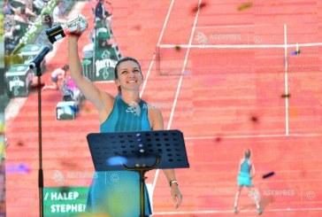 Simona Halep si-a prezentat trofeul Roland Garros pe Arena Nationala in fata a 20.000 de bucuresteni