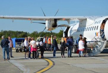 Prima cursa spre Constanta: Mai multi baimareni au plecat pe litoral cu avionul din Satu Mare