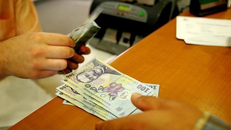 Ministrul Finantelor: Persoanele care platesc datoriile la stat pana la finele lunii decembrie ar putea primi o reducere de minimum 10 %