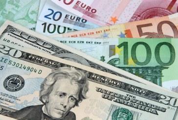 Euro stagneaza la 4,74 lei