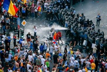 USR cere dreptate pentru victimele violentelor din 10 august si solicita demisia urgenta a tuturor celor vinovati, incepand cu Liviu Dragnea si Carmen Dan, care au mainile patate de sangele celor din Piata Victoriei.