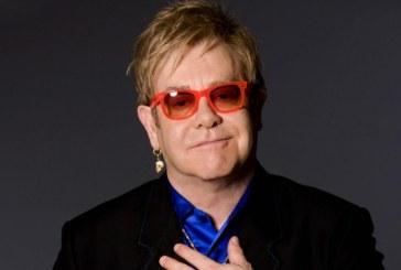 """Elton John a semnat cu Universal Music Group """"pentru tot restul carierei"""""""