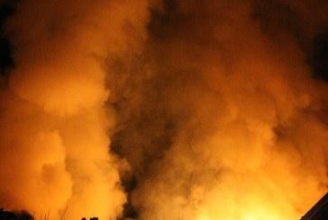 UPDATE: Incendiu de proportii in Baia Mare. Doua case au luat foc (VIDEO)