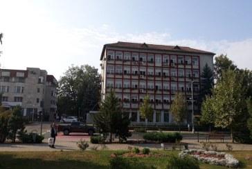 Baia Mare: Proprietarul unei parcari a aflat peste noapte ca Primaria vrea sa-i ia terenul
