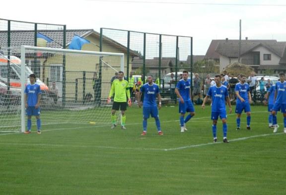 Fotbal – Liga a III-a: ACS Fotbal Comuna Recea, remiza alba la Sanatatea Cluj