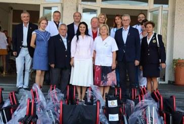 Cluburile Rotary Baia Mare au donat 35 de scaune cu rotile Spitalului Judetean