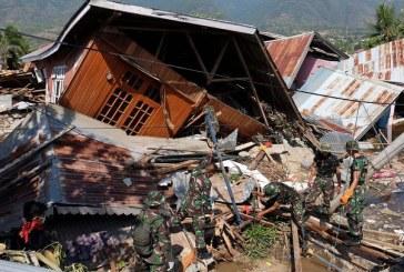 (FOTO)Indonezia: Alte 1000 de persoane disparute dupa cutremurul urmat de tsunami