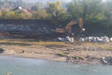 Raul Viseu, amenajat impotriva inundatiilor, in regim de urgenta