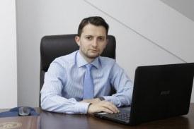 """Cu avocatul poporului """"dezertat"""" in concediu, Guvernul PSD-ALDE forteaza epurarea intregului DNA"""