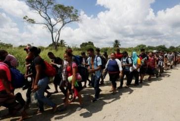 Mii de persoane din caravanele cu migranti au cerut azil in Mexic