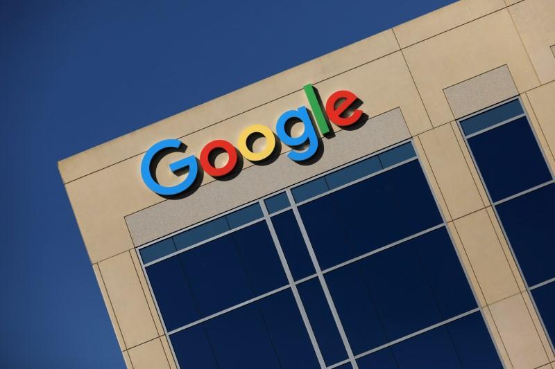 Google isi va schimba algoritmul de cautare pentru a promova jurnalismul de investigatie