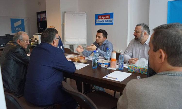 La invitatia deputatului Durus (USR): Dezbatere cu factorii sociali pe Legea pensiilor (FOTO)