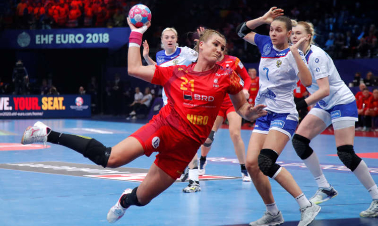 Romania a invins Spania la Europenele de la Gyor. Sportivele de la Minaur au marcat 8 goluri. Astazi au meci cu echipa Ungariei