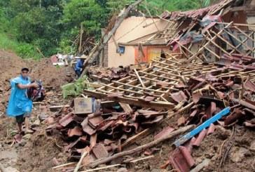 Indonezia: Sase morti si 20 de disparuti in urma alunecarilor de teren si a inundatiilor