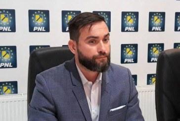 Cristian Niculescu: Zetea preia, fara sa gandeasca, mesajul PSD impotriva multinationalelor