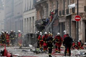 Explozie in urma unei scurgeri de gaze la Paris: doi morti si peste 40 de raniti