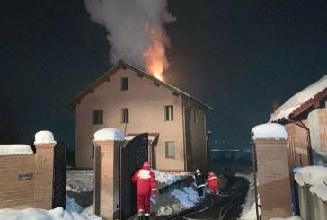 Incendiu la o casa din comuna Farcasa