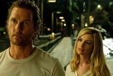 """Matthew McConaughey si Anne Hathaway, un cuplu complice in paradisul tulbure din """"Serenity"""""""