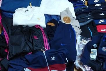Fara falsuri! Alte articole vestimentare contrafacute, ridicate ieri de politistii, la Sighetu Marmatiei