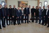 Reprezentanti ai autoritatilor locale de pe Valea Izei, intalnire cu prefectul Vasile Moldovan pe tema programului national de cadastru si carte funciara